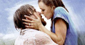 embrasser son ex par surprise
